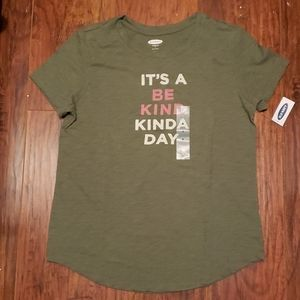 NWT old navy graphic tee